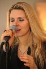 Christine Dee Sängerin blond Hochzeit Gala Events live Gesang